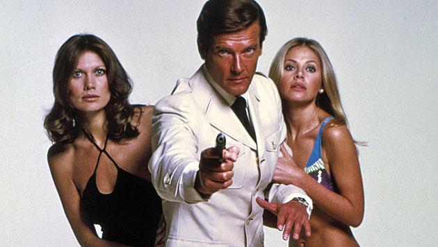 James Bond (im Bild Roger Moore) wäre nichts ohne die Bond-Girls. (Bild: dapd)