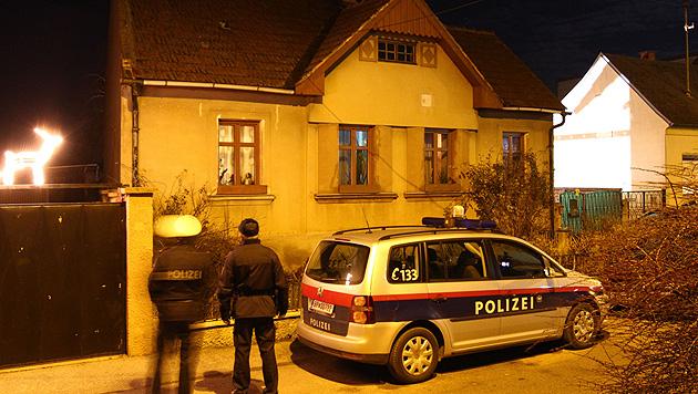 Nach Doppelmord in NÖ: Ermittlungen führen ins Ausland (Bild: APA/THOMAS HAUMER/EXPA)