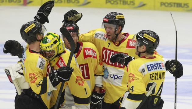Capitals schlagen Linz, VSV im Play-off (Bild: APA/GERT EGGENBERGER)