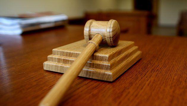 101-Jähriger wegen Kindesmissbrauchs vor Gericht (Bild: dapd/Ronny Hartmann)