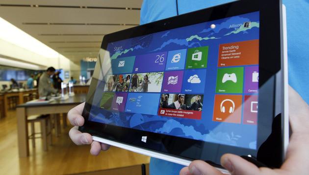Bislang nur 1,5 Mio. Surface-Tablets von Microsoft verkauft (Bild: AP)
