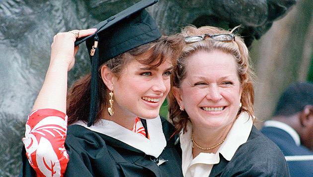 Brooke Shields trauert um ihre Mutter Teri Shields (Bild: dapd)