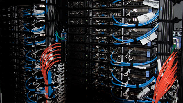 Neuer Super-Computer der Uni Innsbruck in Betrieb (Bild: Uni Innsbruck)