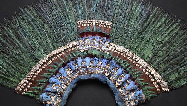 """Wiener Museum zeigt """"Federkrone des Montezuma"""" (Bild: APA/HANS KLAUS TECHT)"""