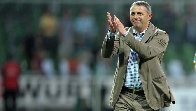 Wolfsburg spannt Werder Manager Klaus Allofs aus (Bild: EPA)