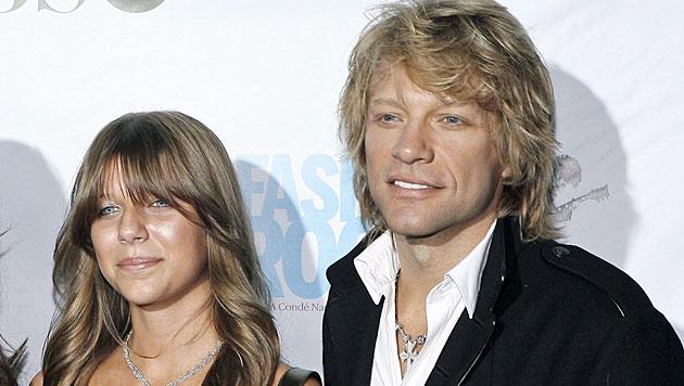 Bon Jovis Tochter (19) nach Heroin-Überdosis im Spital (Bild: EPA)