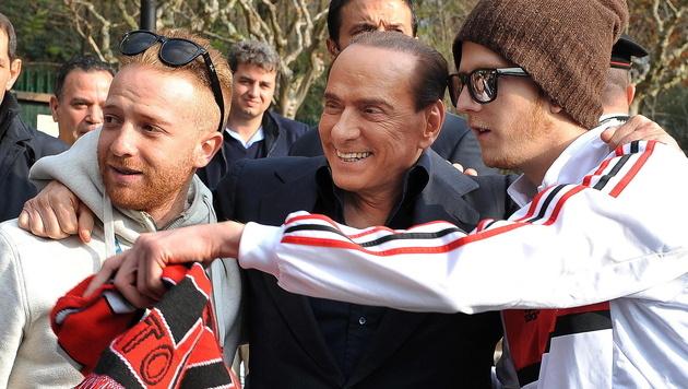 Berlusconi will Milan an Chinesen verkaufen (Bild: EPA)