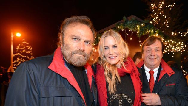 Roger Moore und Daryl Hannah auf Gut Aiderbichl (Bild: BARBARA GINDL)