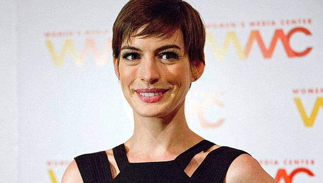 Anne Hathaway wünscht sich sehnlichst ein Baby (Bild: dapd)