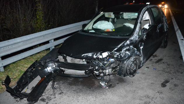 Fahrer stand unter Einfluss von Alkohol und Medikamenten (Bild: Einsatzdoku.at)