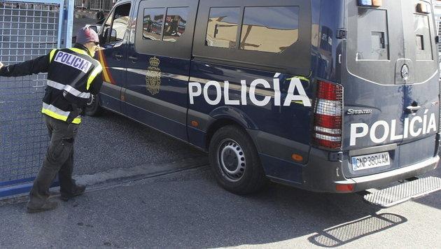 Spanien: Kinder jahrelang von Außenwelt isoliert (Bild: EPA)