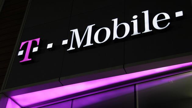 SMS-Zwangsbeglückung: T-Mobile muss Strafe zahlen (Bild: AP)