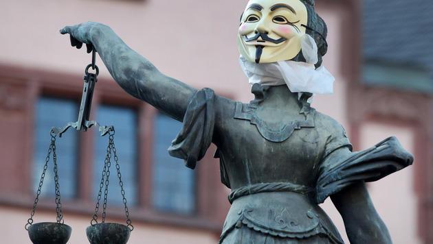 Mann wollte Frauen in Pkw zerren: 18 Monate Haft (Bild: AP)