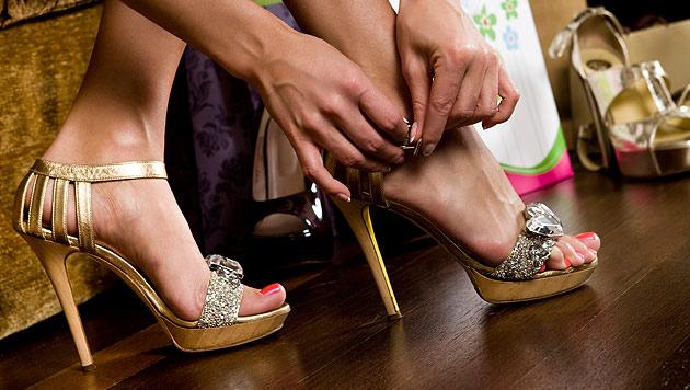 So machst du auf High Heels immer eine gute Figur (Bild: thinkstockphotos.de)