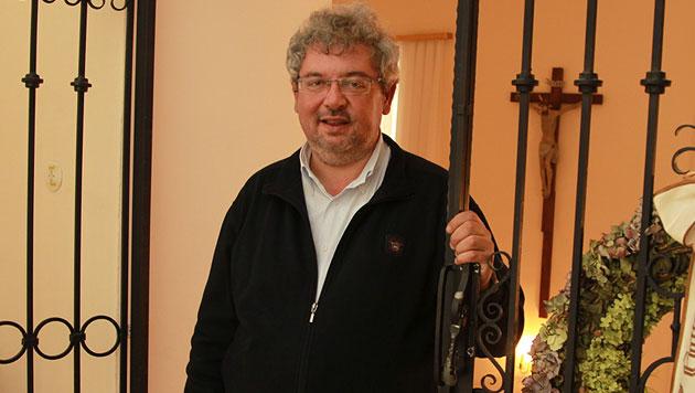 """""""Versteht Gott Ihre Lovestory, Herr Pfarrer?"""" (Bild: Kristian Bissuti)"""