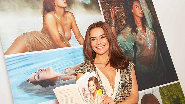 Schöne Gitta Saxx präsentierte ihren Beauty-Ratgeber (Bild: Starpix/Alexander Tuma)