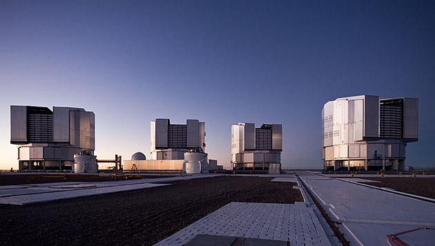 Die vier Hauptteleskope des VLT in Chile (Bild: ESO/H. H. Heyer)