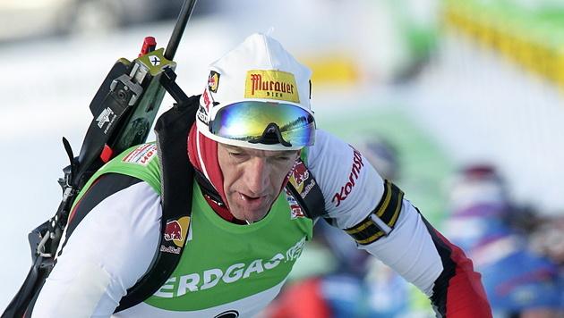 Christoph Sumann im Östersund-Sprint auf Platz drei (Bild: EPA)
