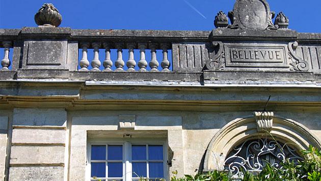 Frankreich: Arbeiter reißen irrtümlich altes Schloss ab (Bild: www.domainedebellevue.info)