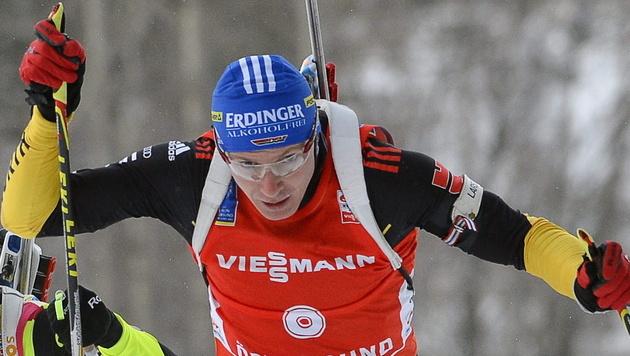 Deutscher Biathlet Birnbacher siegt in Hochfilzen knapp (Bild: EPA)
