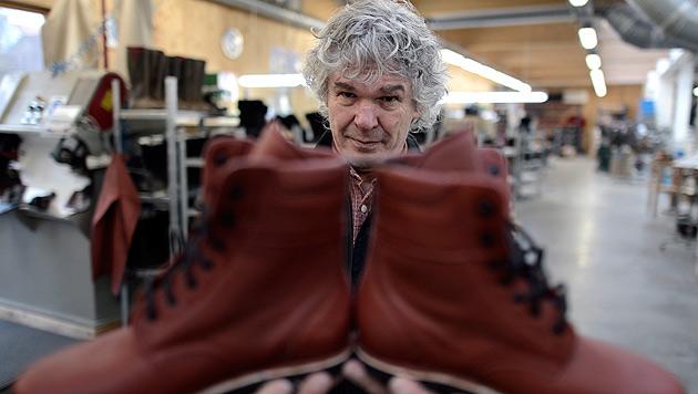 NÖ: FMA verhängt erneut Strafe gegen Schuh-Rebell (Bild: APA/Hans Klaus Techt)