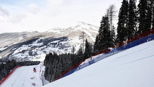 Auf die Ski-Herren warten jetzt die Italien-Wochen (Bild: EPA)