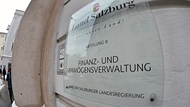 Sbg: Finanz will 73 Millionen Euro vom Land (Bild: APA/BARBARA GINDL)
