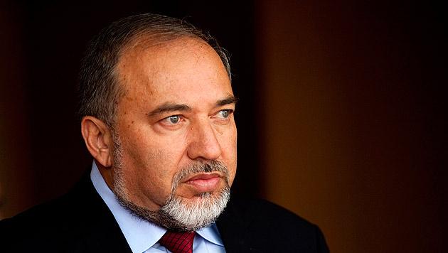 Israelischer Au�enminister Lieberman tritt ab (Bild: EPA)