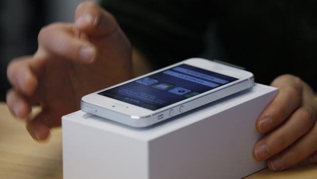 Null-Euro-iPhones laut AK bis zu 45% teurer als freie (Bild: AP)