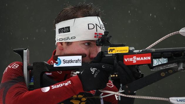 Olympiasieger Emil Helge Svendsen siegt in Pokljuka (Bild: EPA)