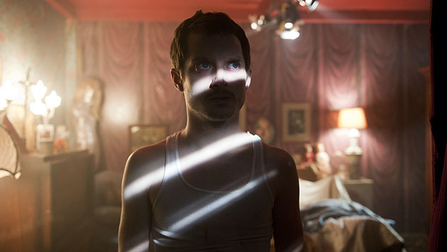 """""""Maniac""""-Remake: Frodo skalpiert kalifornische Girls (Bild: Thimfilm)"""