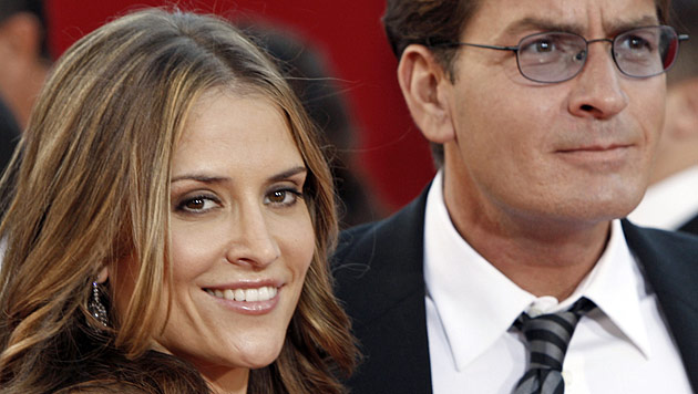 Charlie Sheens Ex-Frau hat Entzug wieder verlassen (Bild: dapd)
