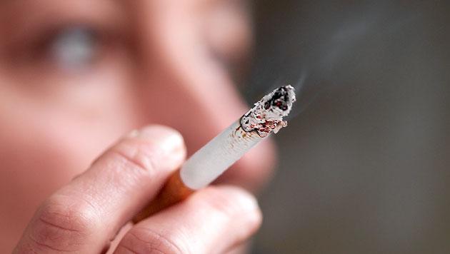 Krankheitskosten durchs Rauchen viel höher als gedacht (Bild: thinkstockphotos.de)