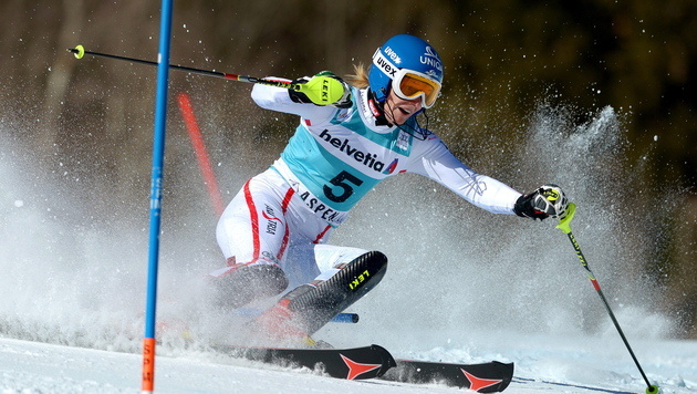 Knieverletzung bei Slalom-Ass Marlies Schild (Bild: EPA)