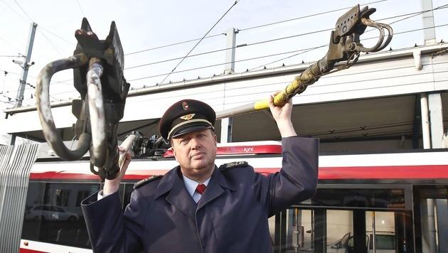 Salzburg: Gefrorene O-Bus-Leitungen sorgen für Chaos (Bild: MARKUS TSCHEPP)