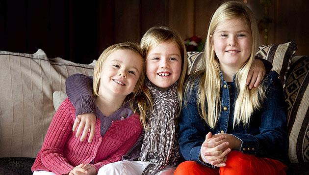 Willem und Maxima mit ihren Töchtern in Argentinien (Bild: EPA)