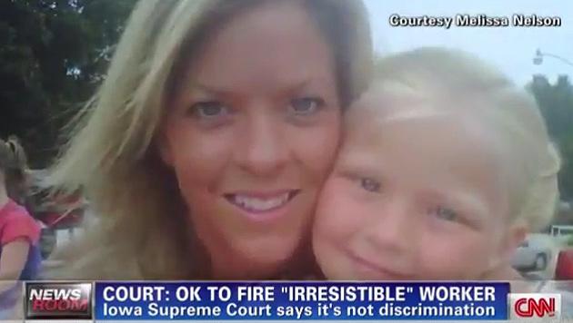 """US-Zahnarzt feuert """"zu attraktive"""" Assistentin (Bild: Screenshot CNN)"""
