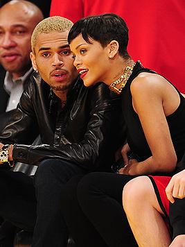 Rihanna verbrachte Weihnachten mit Chris Brown (Bild: AFP)