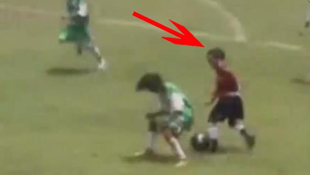 """Barca hat sich in diesen elfj�hrigen Knirps """"verliebt"""" (Bild: YouTube.com)"""