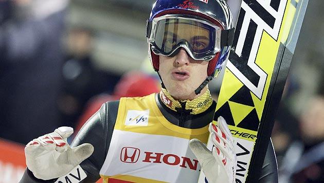 Jacobsen gewinnt in Oberstdorf vor Schlierenzauer (Bild: dapd)