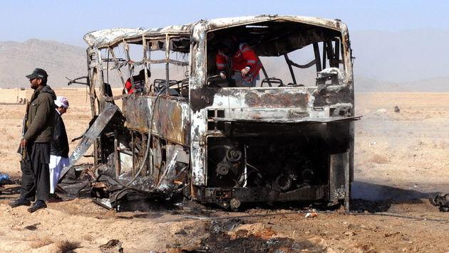 Pakistan: 20 Tote bei Anschlag auf Pilgerbusse (Bild: EPA)