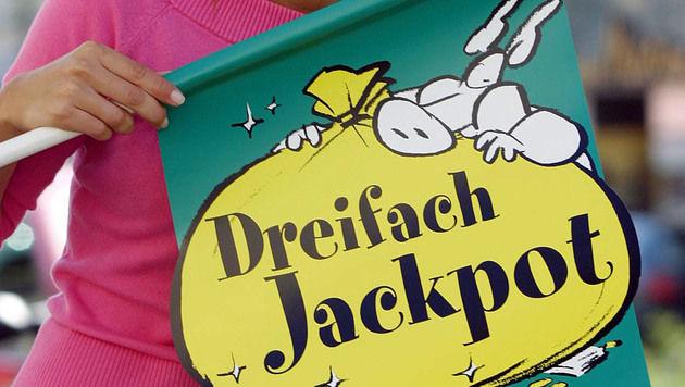 Nieder�sterreicher knackt Dreifach-Lotto-Jackpot (Bild: PETER TOMSCHI)