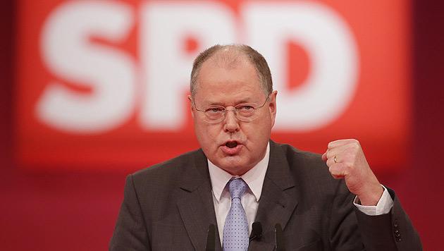 "SPD-Kandidat will ""mehr Gehalt f�r Bundeskanzler"" (Bild: dpa/Michael Kappeler)"