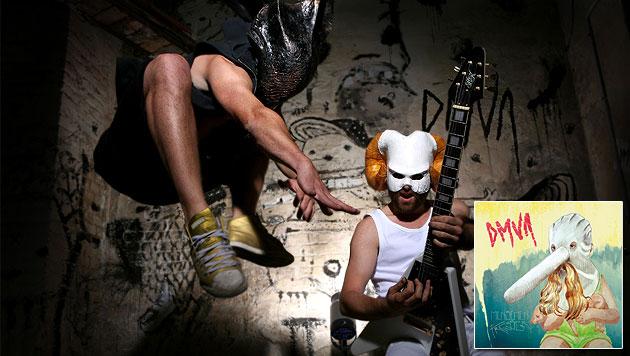 Wiener Band DMVA polarisiert mit ihrem Debütalbum (Bild: Julia Stix)