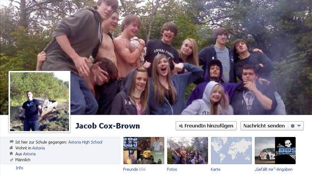 Junger Alko-Lenker wegen Facebook-Posting verhaftet (Bild: Screenshot, Facebook.com)
