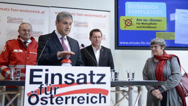 """ÖVP: """"Darabos"""" Untätigkeit beim Heer ein Skandal"""" (Bild: APA/HERBERT NEUBAUER)"""