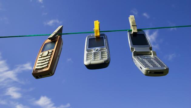 Vorsicht, Keime: Handys werden zu selten gereinigt (Bild: thinkstockphotos.de)