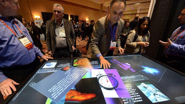 Touch-Geräte im Großformat sind auf dem Vormarsch (Bild: EPA)