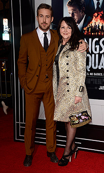 Ryan Goslings Mutter trägt Eva Mendes' Klamotten (Bild: EPA)