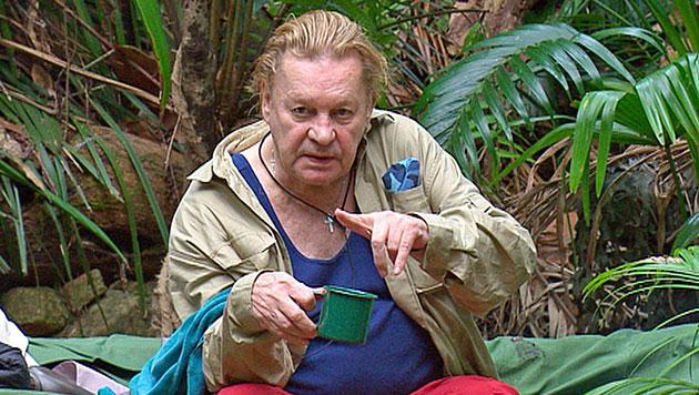 Helmut Berger sorgt im Dschungel für Pinkel-Eklat (Bild: (c) RTL)